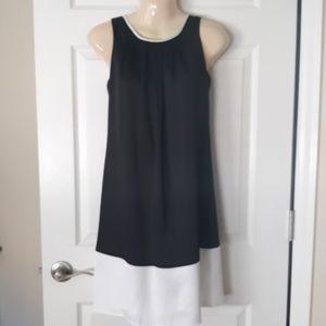 Dana Buchman NWOT little black dress  Size XS